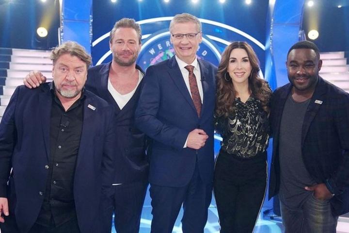 Erkämpften am Donnerstag bei Moderator Günther Jauch (M.) insgesamt 160.500 Euro: Armin Rohde, Sasha, Judith Williams und Nelson Müller (v.l.n.r.).
