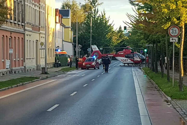 Bei dem Unfall wurde ein Biker schwer verletzt. Er wurde mit dem Rettungshubschrauber in eine Klinik gebracht.