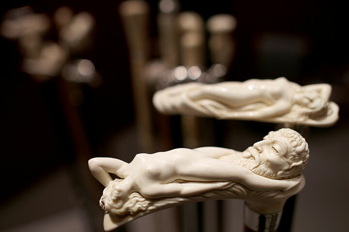 Bei der Antik & Kunst Messe in Sindelfingen kann man gemütlich bummeln und neue Dinge entdecken.