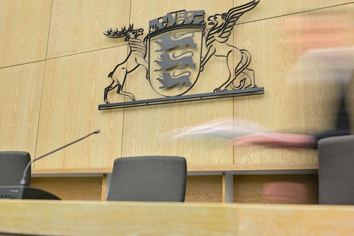 Gericht verurteilt Ehepaar. (Symbolbild)