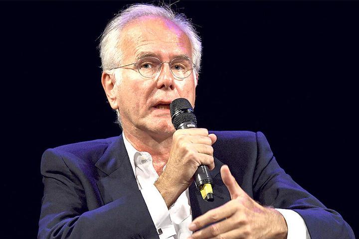 Eine Herzensangelegenheit: Entertainer Harald Schmidt (62) moderiert den Kongress schon zum fünften Mal