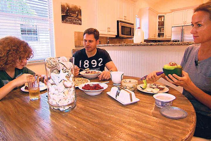 Dirk Fischer arbeitet sechs Tage pro Woche. Das gemeinsame Frühstück mit Ehefrau Svetlana und Sohn Leon ist ihm heilig.