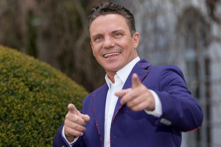Der Moderator und Musiker Stefan Mross (43) gönnt sich keinen Urlaub.