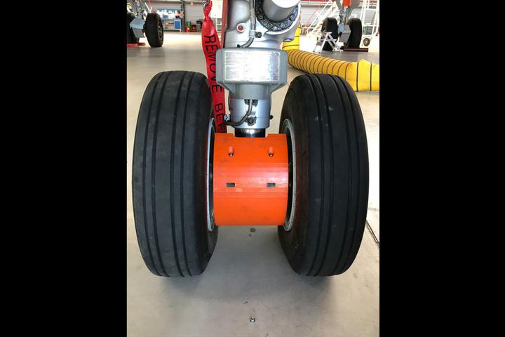 Kleine Teile zwischen den Rädern sollen den durch Luftverwirbelungen entstehenden Lärm senken.