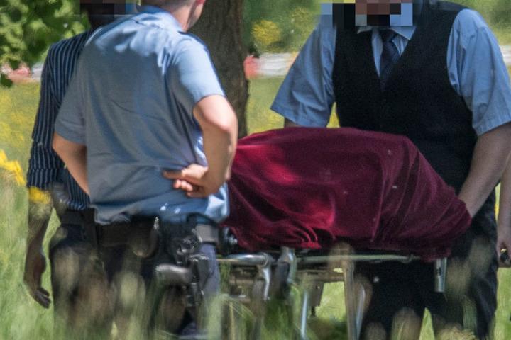 Mittlerweile wurde die Leiche der toten Frau identifiziert.