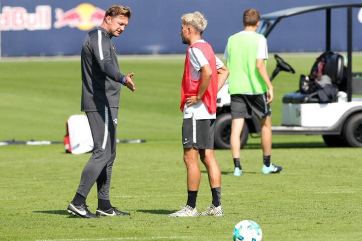 """""""Kevin, Du machst das schon am Freitag."""" RB-Coach Ralph Hasenhüttl schließt nicht aus, dass der Neuzugang bereits am Freitag beim HSV in der Startelf stehen könnte."""