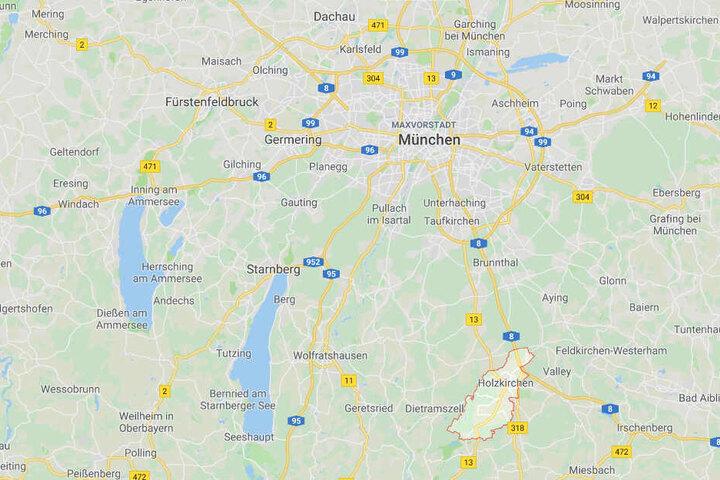 Auf der Autobahn 8 bei Holzkirchen im Landkreis Miesbach ist es zu einem Brand gekommen.