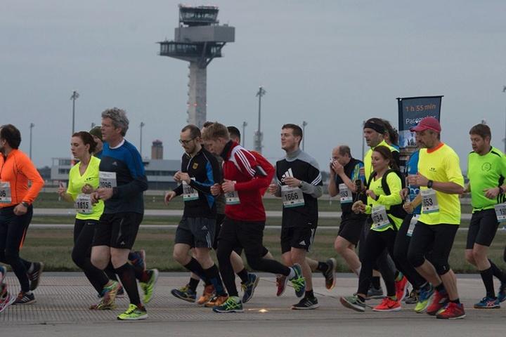 Der inzwischen 11. Night Run fand am Wochenende auf dem BER statt.