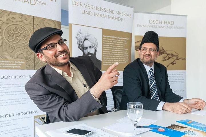 Dr. Rashid Nawaz und Dr. Dawood Majoka von der Ahmadiyya Muslim Jamaat Gemeinde in Chemnitz.
