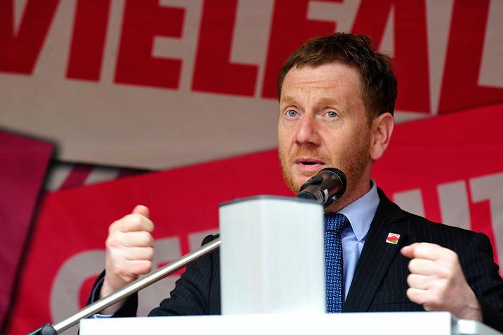 Ministerpräsidenten Michael Kretschmer (CDU, 42).