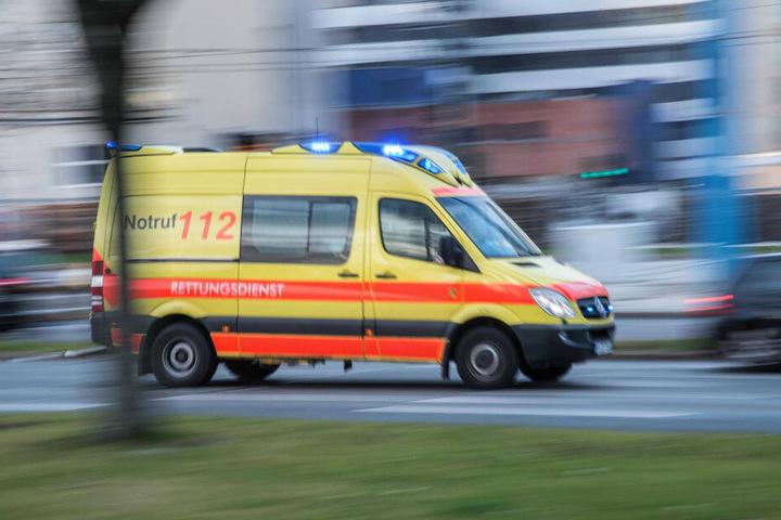Die 22 Jahre alte Fahrerin wurde bei dem Unfall schwer verletzt. (Symbolbild)