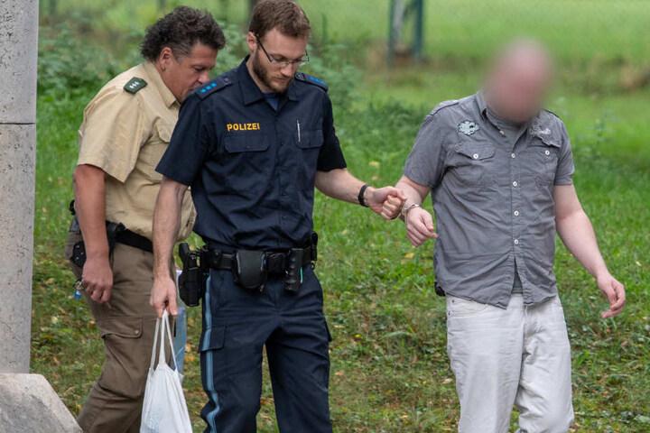 Der Täter hatte eine Mitarbeiterin des Jugendamtes in Pfaffenhofen als Geisel genommen und diese verletzt.