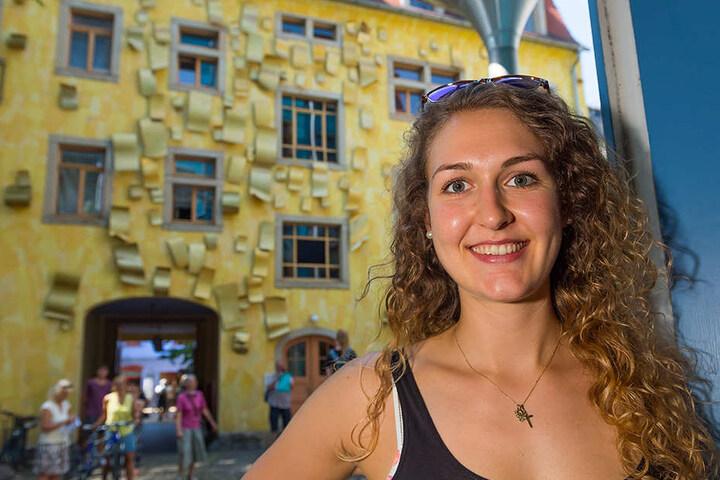 """Die ruhige Kunsthofpassage mit den kleinen Läden, den Cafés, dem Kopfsteinpflaster"""" ist einer von Barbaras Lieblingsorten in Elbflorenz."""