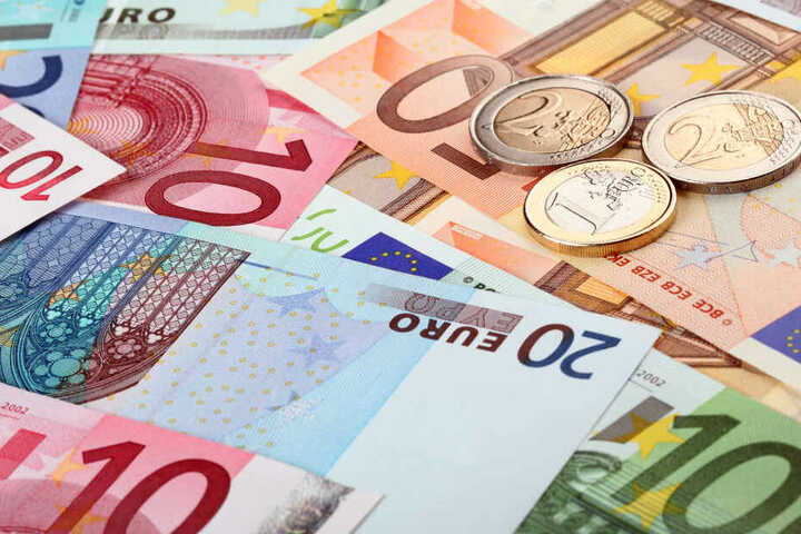 Betrüger wollten von der Seniorin 22.000 Euro ergaunern.