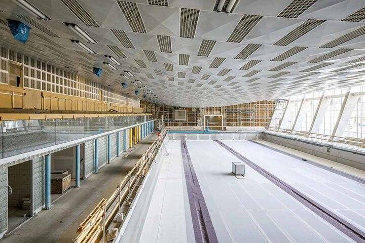 Ende September soll das neue 50-Meter-Becken erstmals mit Wasser gefüllt werden.