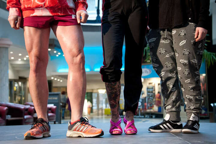 Wer gewinnt den Jogginghosen Wettbewerb? Abstimmen kann man noch bis Sonntag auf Facebook.