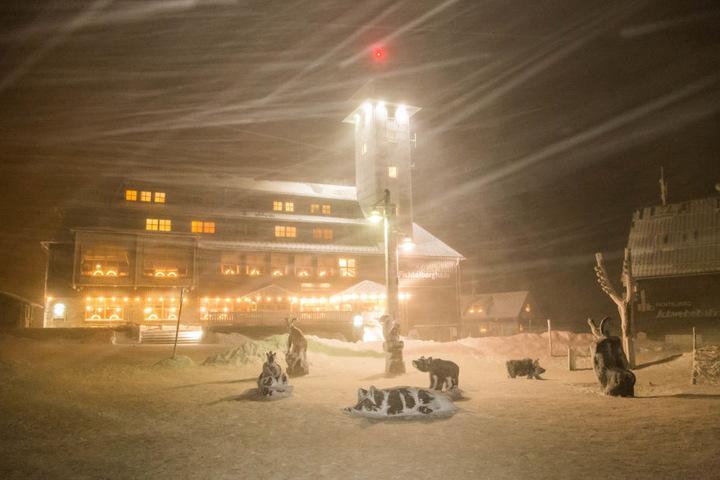 Massiver Schneesturm auf dem Fichtelberg.