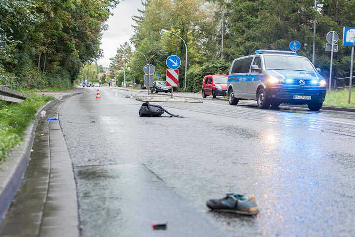Die Fahrradfahrerin musste mit schweren Verletzungen ins Krankenhaus gebracht werden.