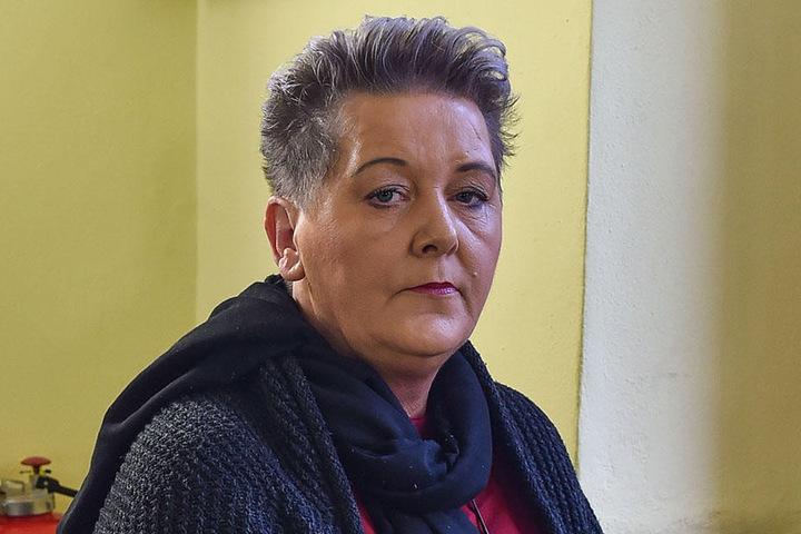 Tafel-Chefin Karin Rauschenbach (51) denkt auch Monate nach der Tat noch an die aggressiven Pöbler.