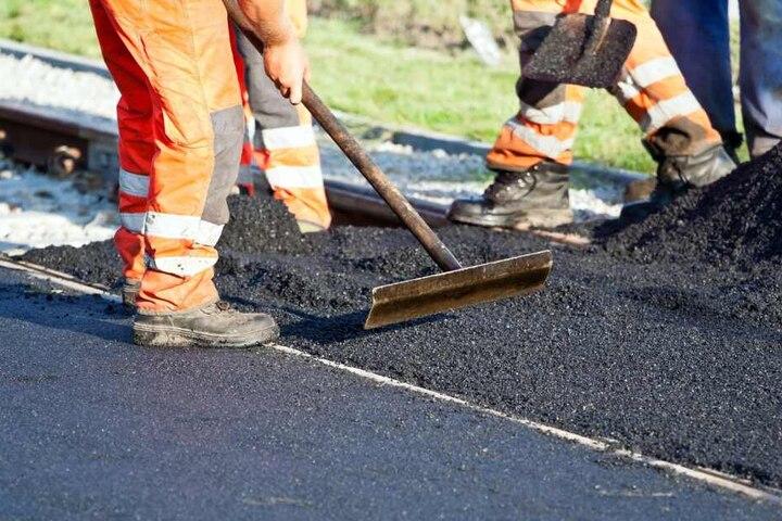 An einigen Straßen in Bielefeld wird gebaut. (Symbolbild)