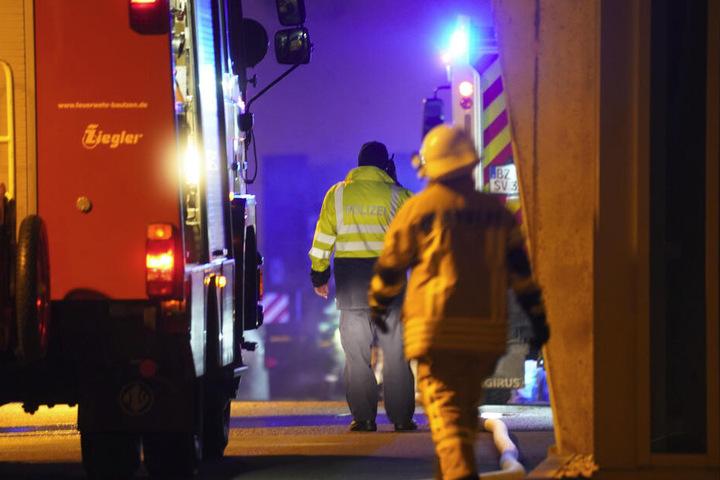 In Bautzen konnte die Feuerwehr den Brand auf einer Baustelle löschen. Der Sachschaden soll im sechsstelligen Bereich liegen.