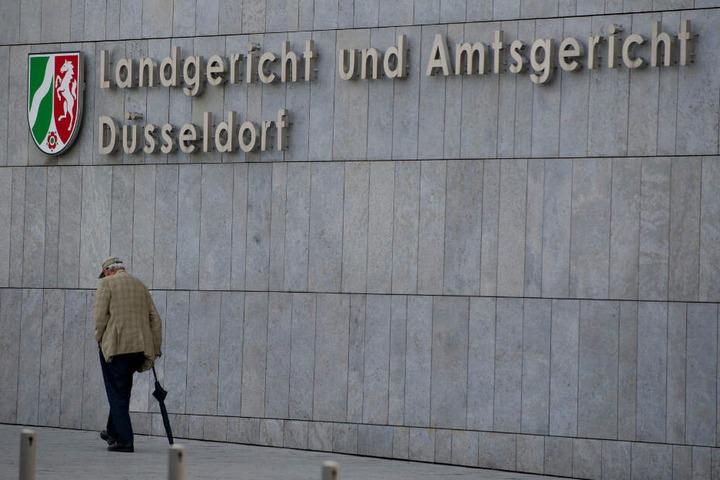 Am Dienstag begann der Prozess gegen den Mann aus Remscheid vor dem Landgericht Düsseldorf.