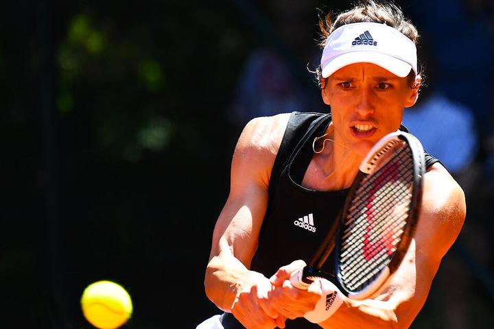 Andrea Petkovic verlor ihr Einzel gegen Kirsten Flipkens, gewann dann aber im Doppel gemeinsam mit Denisa Allertova.