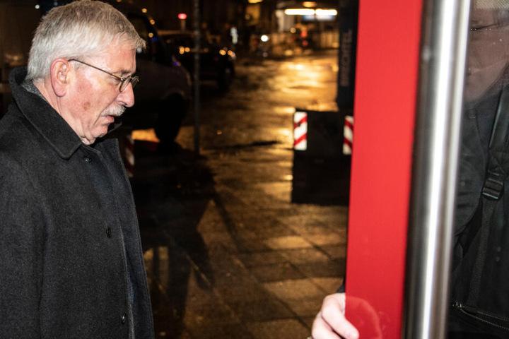 Der ehemalige Berliner Finanzsenator Thilo Sarrazin (SPD) kommt zur mündlichen Verhandlung im Berufungsverfahren über seinen Ausschluss aus der Partei. (Archivbild)