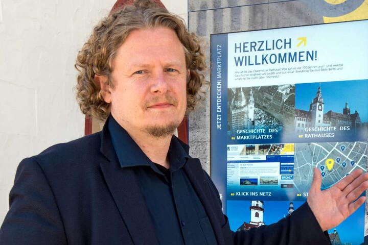 Gleiches Recht für alle Gebäude: Vosi-/Piraten-Stadtrat Lars Fassmann (40) fordert den Abriss des mangelhaften Anbaus, da die Stadt im Fall des Hauses an der Annaberger Straße genauso entschieden hat.