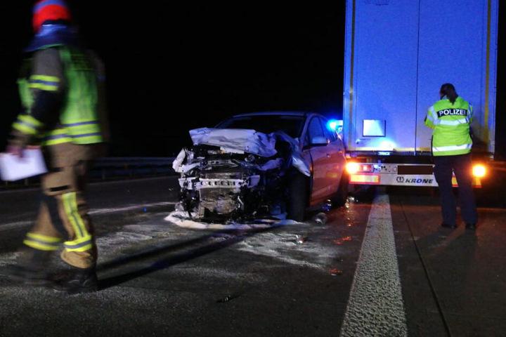 Mehrere Fahrzeuge wurden in den Unfall verwickelt.