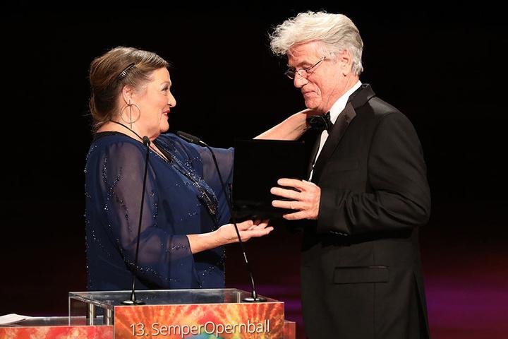 Schauspieler Jürgen Prochnow (76, rechts) mit Marianne Sägebrecht (72).