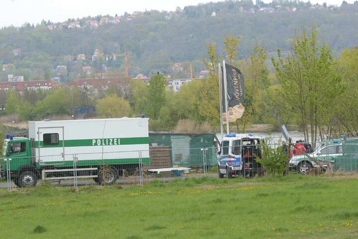 Der Polizei-Einsatz soll nicht mit der ermordeten Vietnamesin aus der Dresdner Neustadt zusammenhängen.
