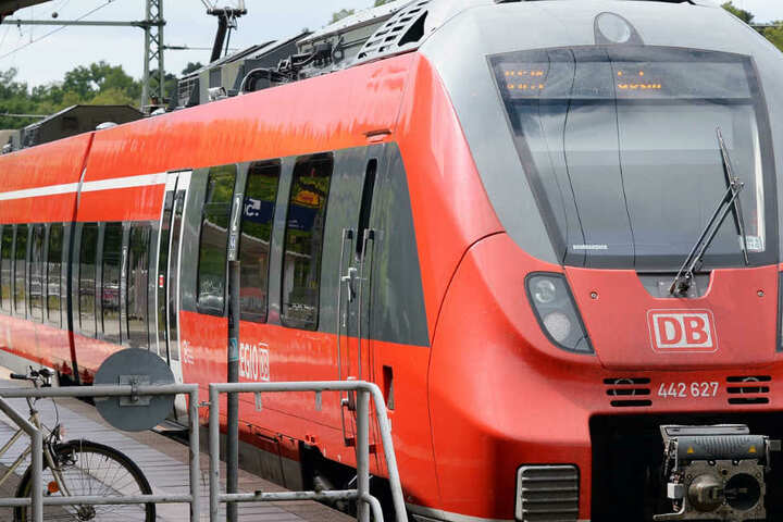 Die Gewalt-Eskalation ereignete sich in einer Regionalbahn von Mainz nach Bad Kreuznach (Symbolbild).