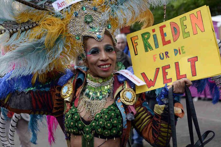 Bunt und friedlich soll es auch in diesem Jahr auf dem Karneval der Kulturen zugehen.