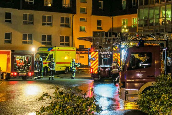 Am Montagabend musste die Feuerwehr nach Aue in die Dr.-Otto-Nuschke-Straße ausrücken.