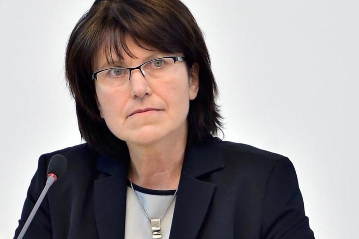 Zwickaus Oberbürgermeisterin Pia Findeiß (60, SPD).