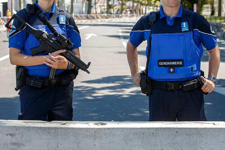 Schweizer Polizei im Einsatz.