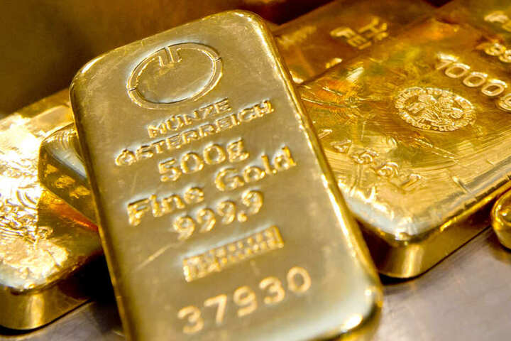 Zwei Goldbarren fanden die Männer. (Symbolbild)