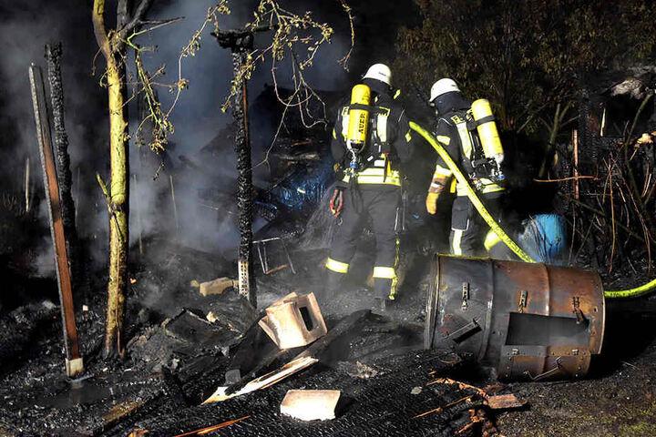Gegen 4.30 Uhr ging der Alarm bei der Feuerwehr Leitstelle ein.