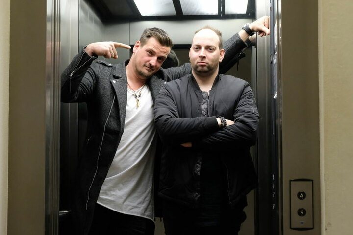 """Rico Einenkel (l) und Sebastian Seidel von Stereoact verwandelten """"Nur mit dir"""" in einen Dance-Hit."""