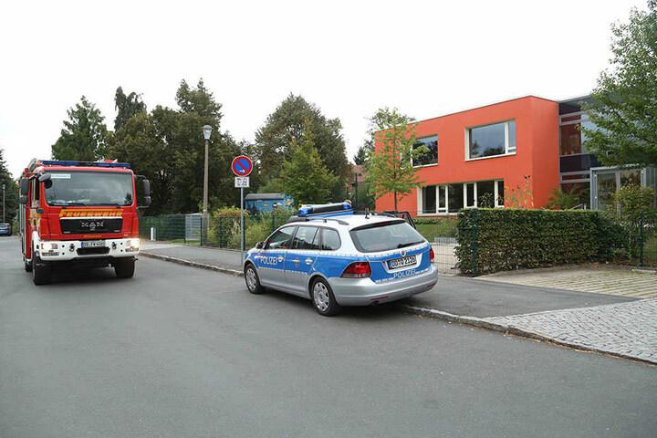 Polizei und Feuerwehr sind vor Ort.