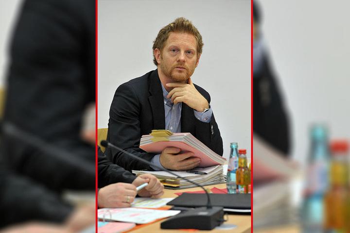 Garagenbesitzer werfen Baubürgermeister Michael Stötzer (45, Grüne) einen Vertrauensbruch vor.
