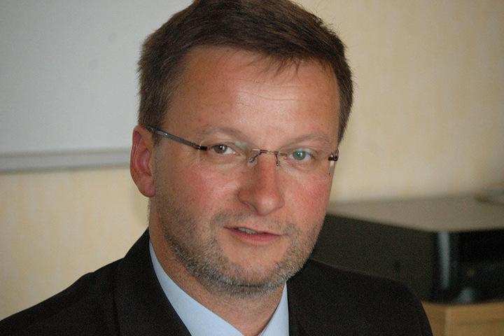 JVA-Chef Andreas May (54) lässt derzeit den ganzen Knast durchsuchen.