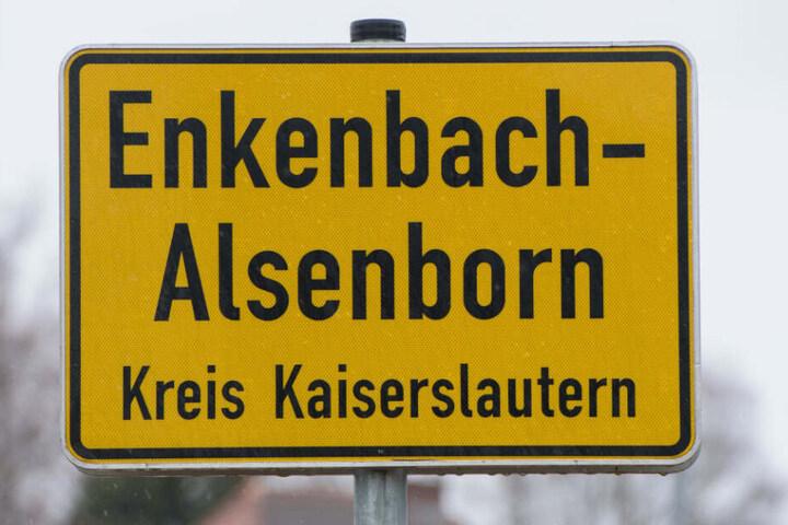 Das Ortsschild von Enkenbach-Alsenborn.
