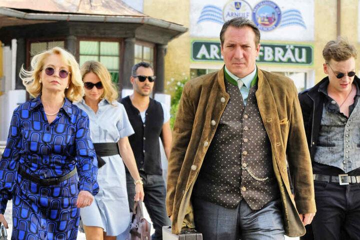 """Eine Szene aus dem Film """"Bier Royal"""", in dem Fernsehfilm streitet eine mächtige Brauereifamilien ums Erbe."""