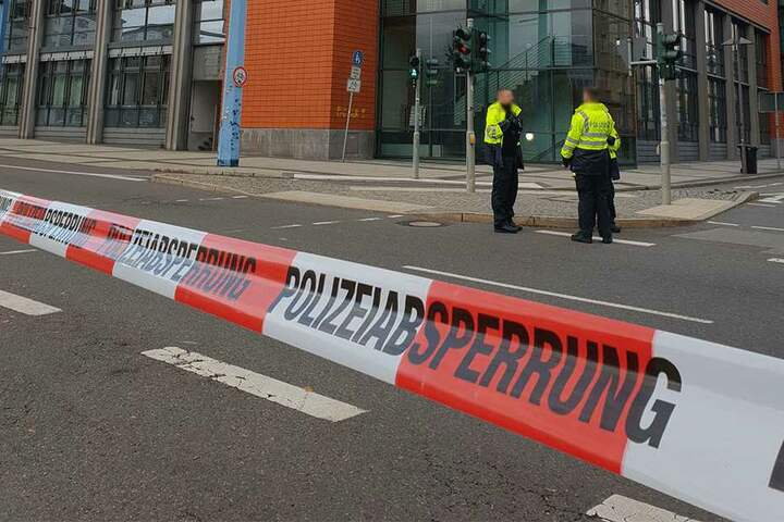 Die Polizei suchte jeweils stundenlang nach einer Bombe.