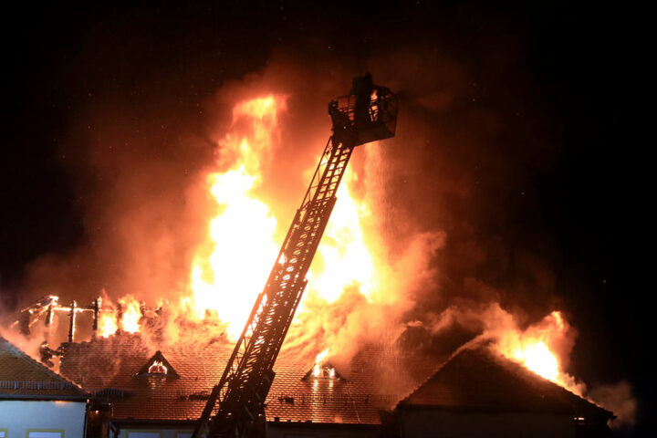 Zum Zeitpunkt des Brandes war das Jugendheim unbewohnt.