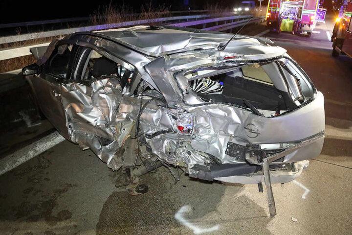 In diesem Opel Astra musste ein Ehepaar sterben.