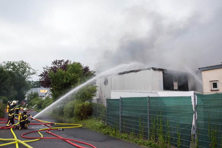Die Lagerhalle wurde durch den Brand komplett zerstört.