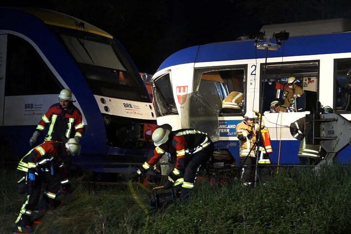 Der Lokführer des Güterzuges sei bei dem Unglück unversehrt geblieben, so ein Sprecher des Bundespolizei.